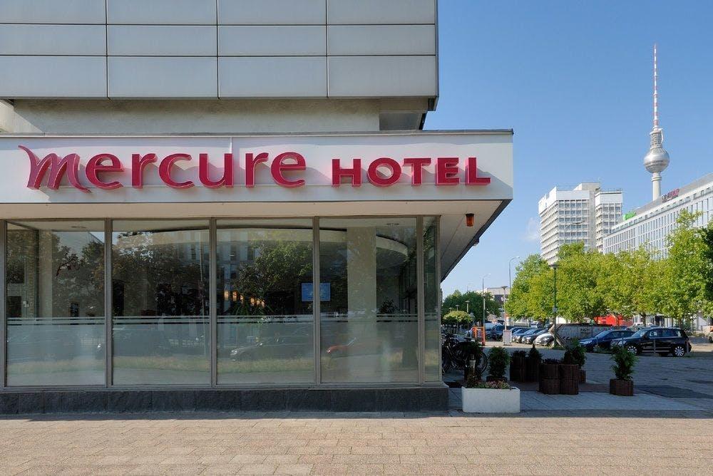 mercure hotel berlin am alexanderplatz berlin. Black Bedroom Furniture Sets. Home Design Ideas
