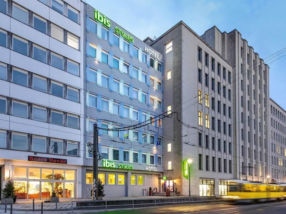 hotel ibis styles berlin alexanderplatz berlin tripx. Black Bedroom Furniture Sets. Home Design Ideas