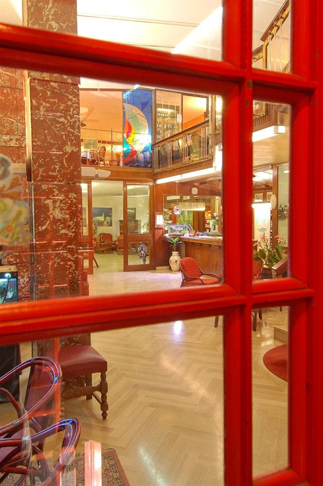 Bb Hotel La Valentine: Boka Billiga Resor Online