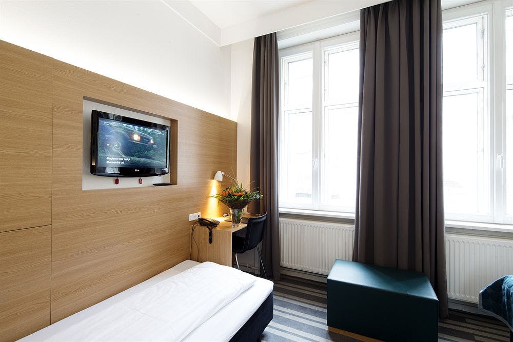 Hotel Copenhagen Crown - Köpenhamn - TripX.se - Boka billiga resor online