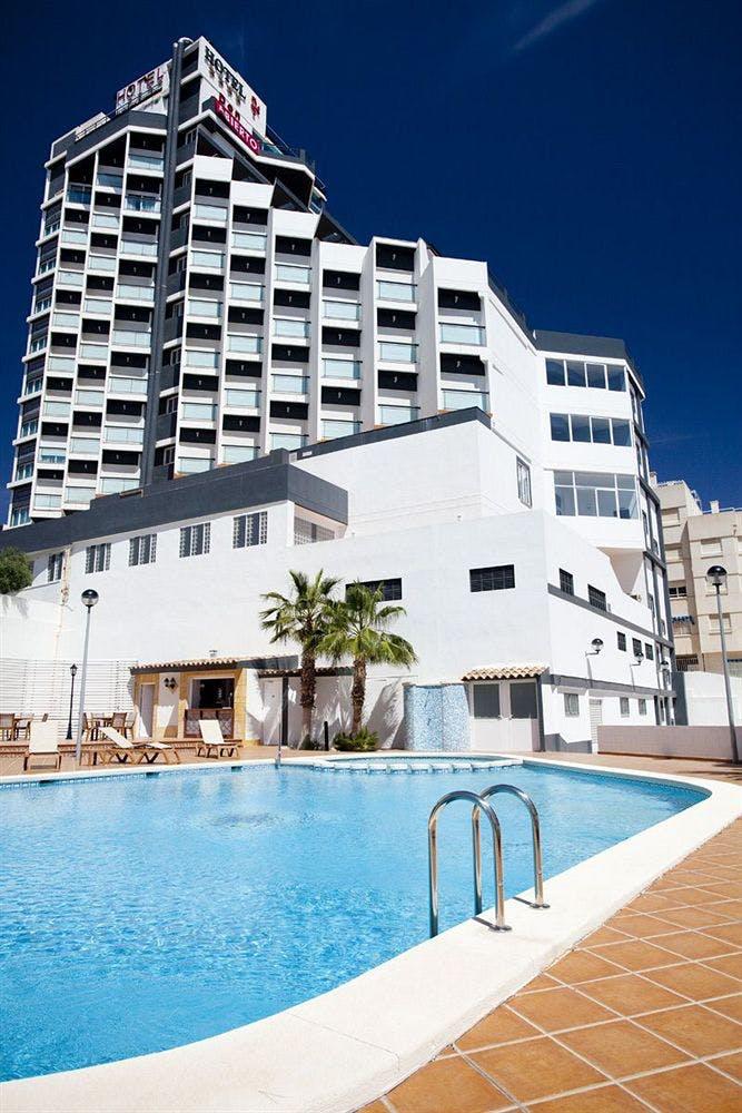 Bb Hotel La Valentine: Hotel La Familia Gallo Rojo