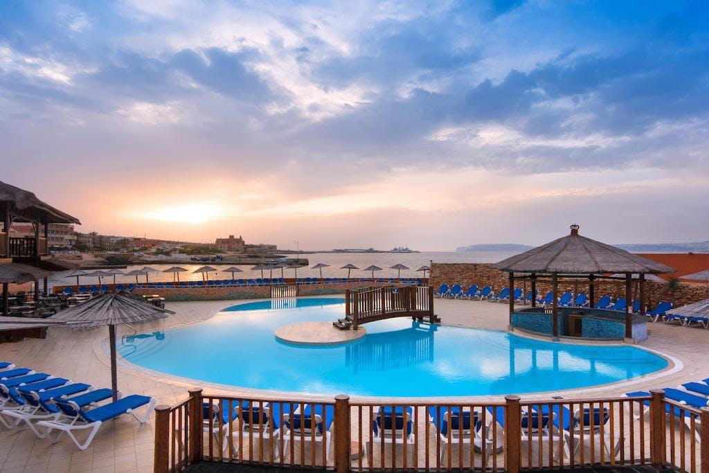 Ramla Bay Resort Malta Tripx Se Boka Billiga Resor