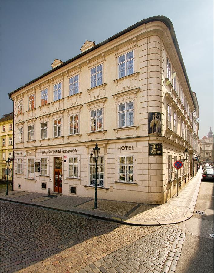 Praha dating t-bane