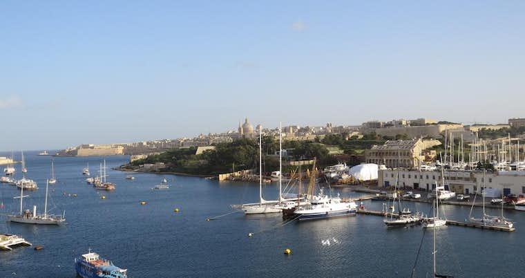 115 The Strand Hotel Amp Suites Malta Tripx Se Boka