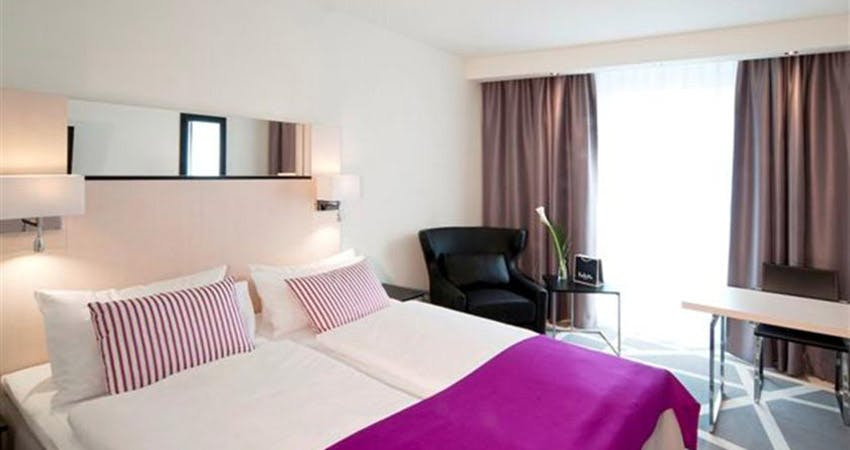 scandic berlin kurfuerstendamm hotel berlin. Black Bedroom Furniture Sets. Home Design Ideas
